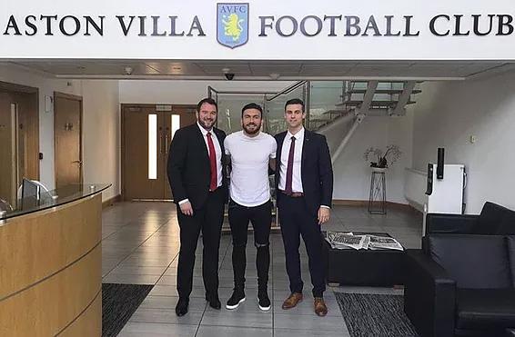 Snoddy Signs For Villa