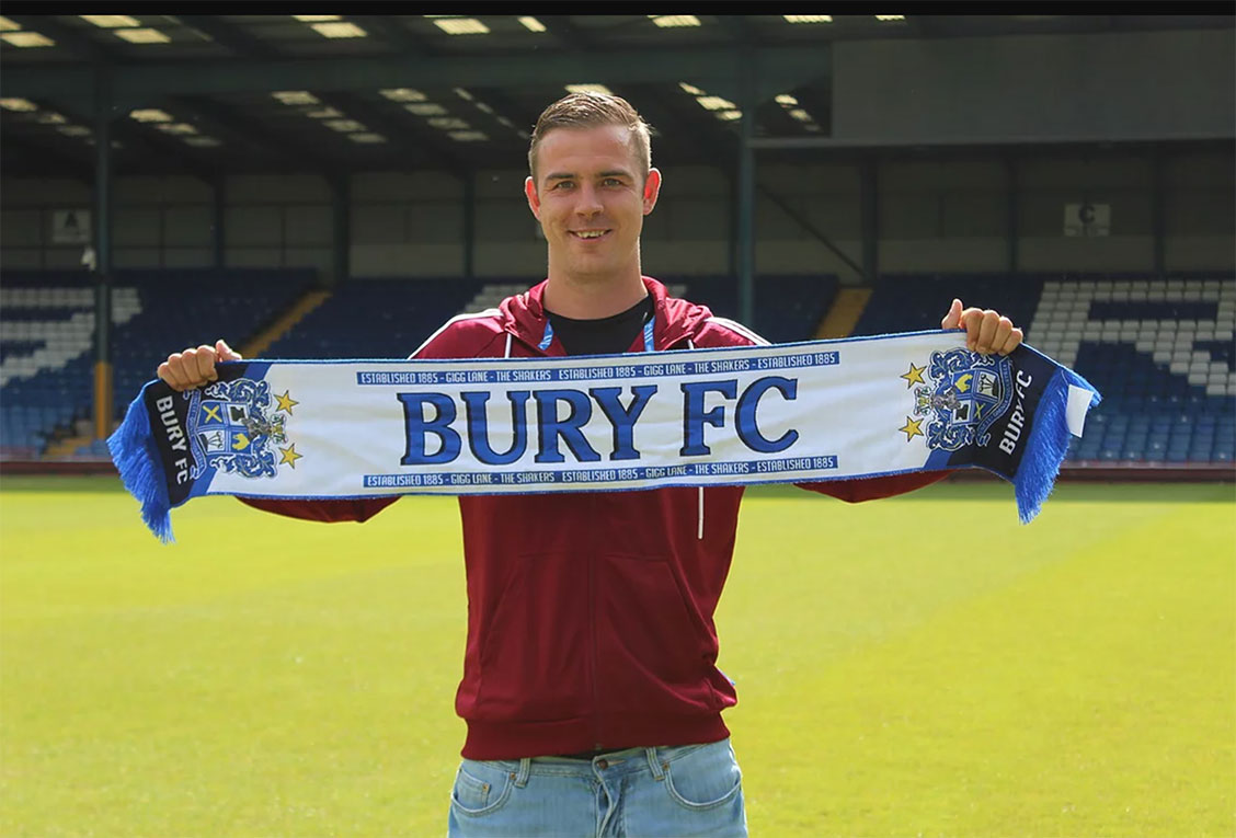 Tom Pope Signs for Bury FC