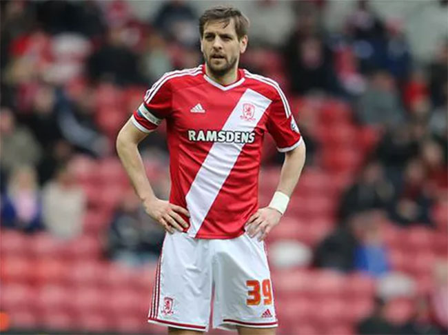 SMI sign legend Jonathan Woodgate