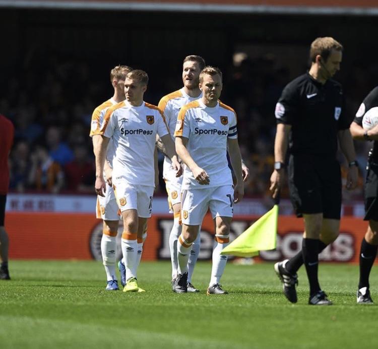 Dan Batty makes Championship debut