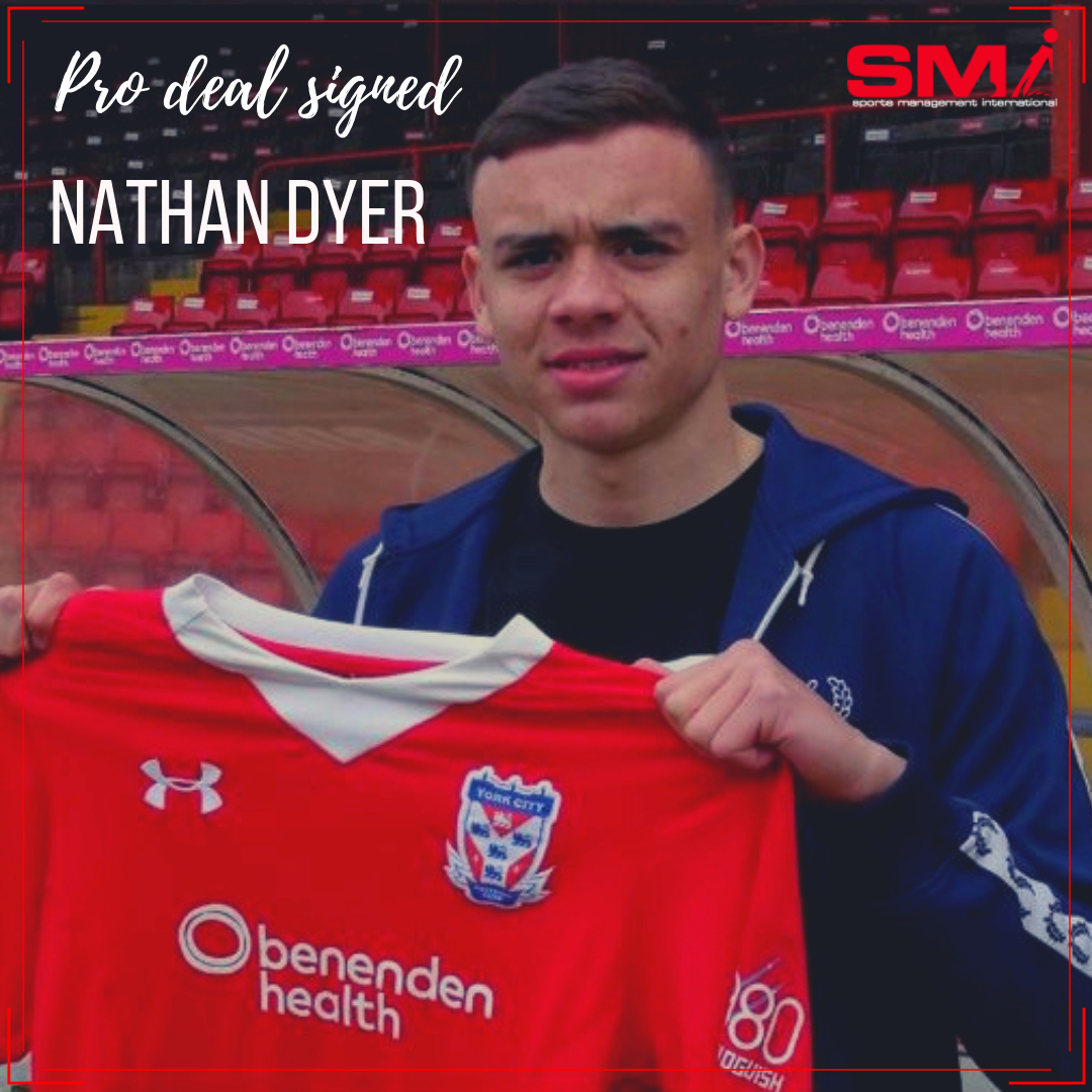 Nathan Dyer signs Pro