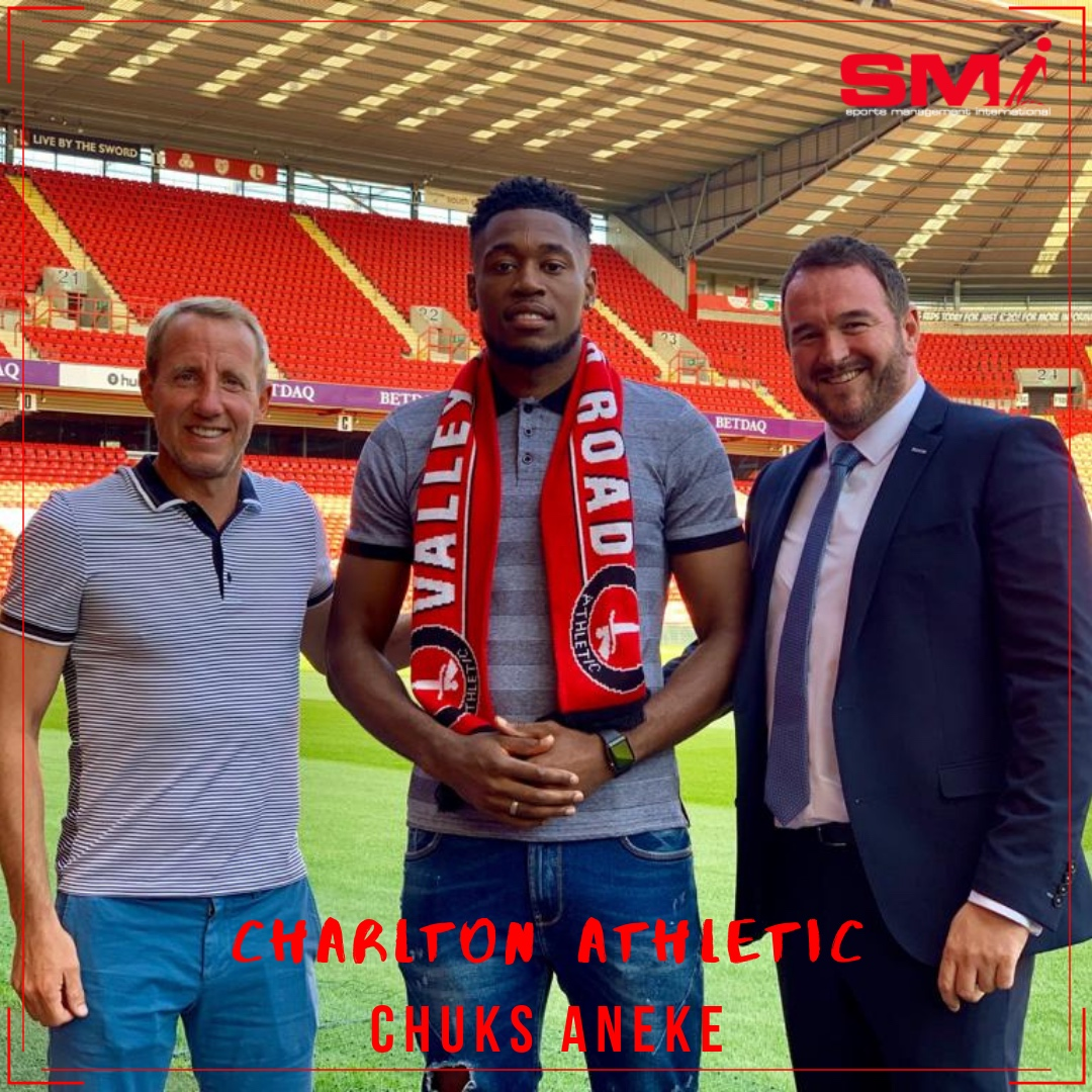 Chuks Aneke signs for Charlton Athletic