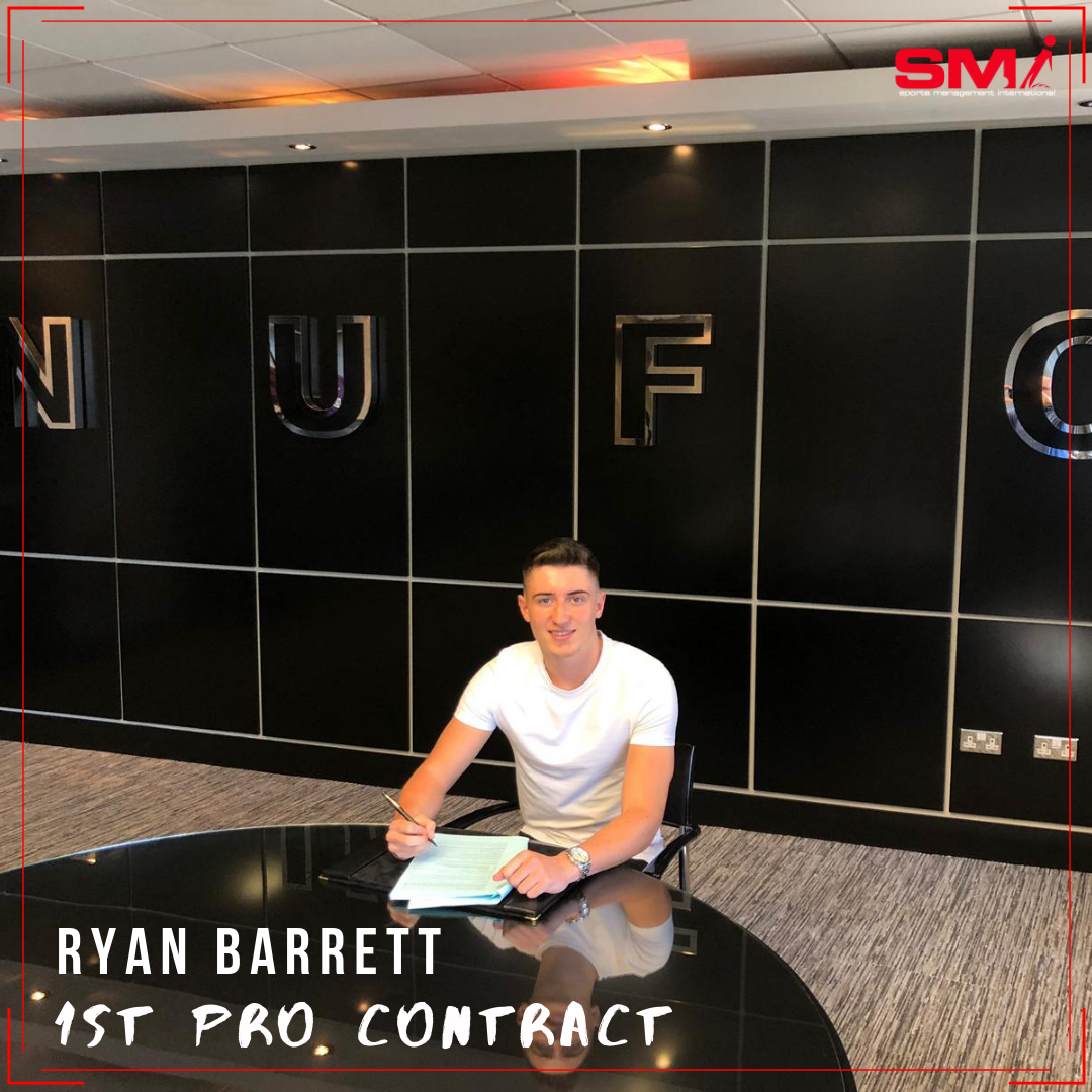 Ryan Barrett signs 1st Pro contract