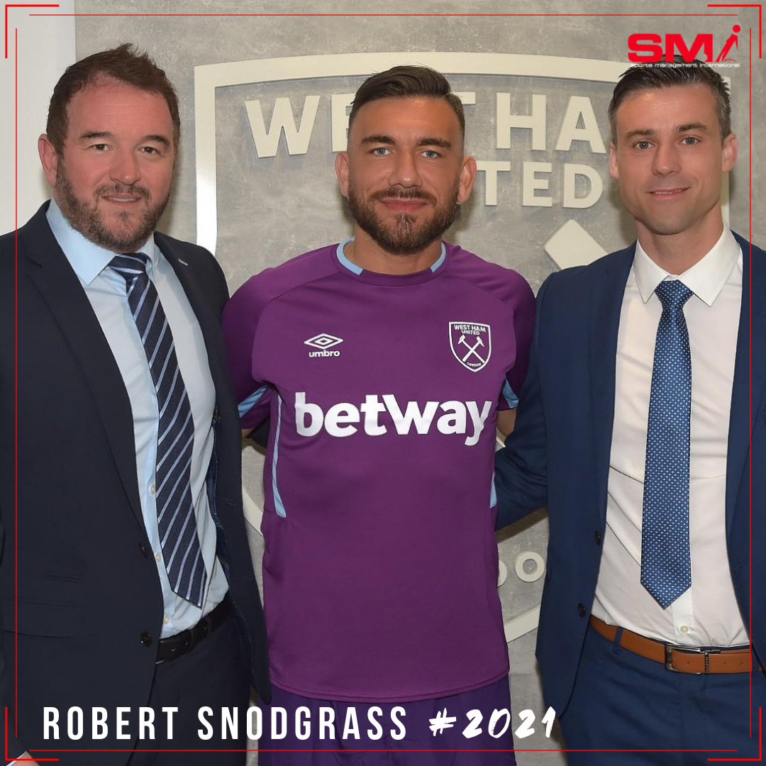 Snodgrass signs contract extension at West Ham United