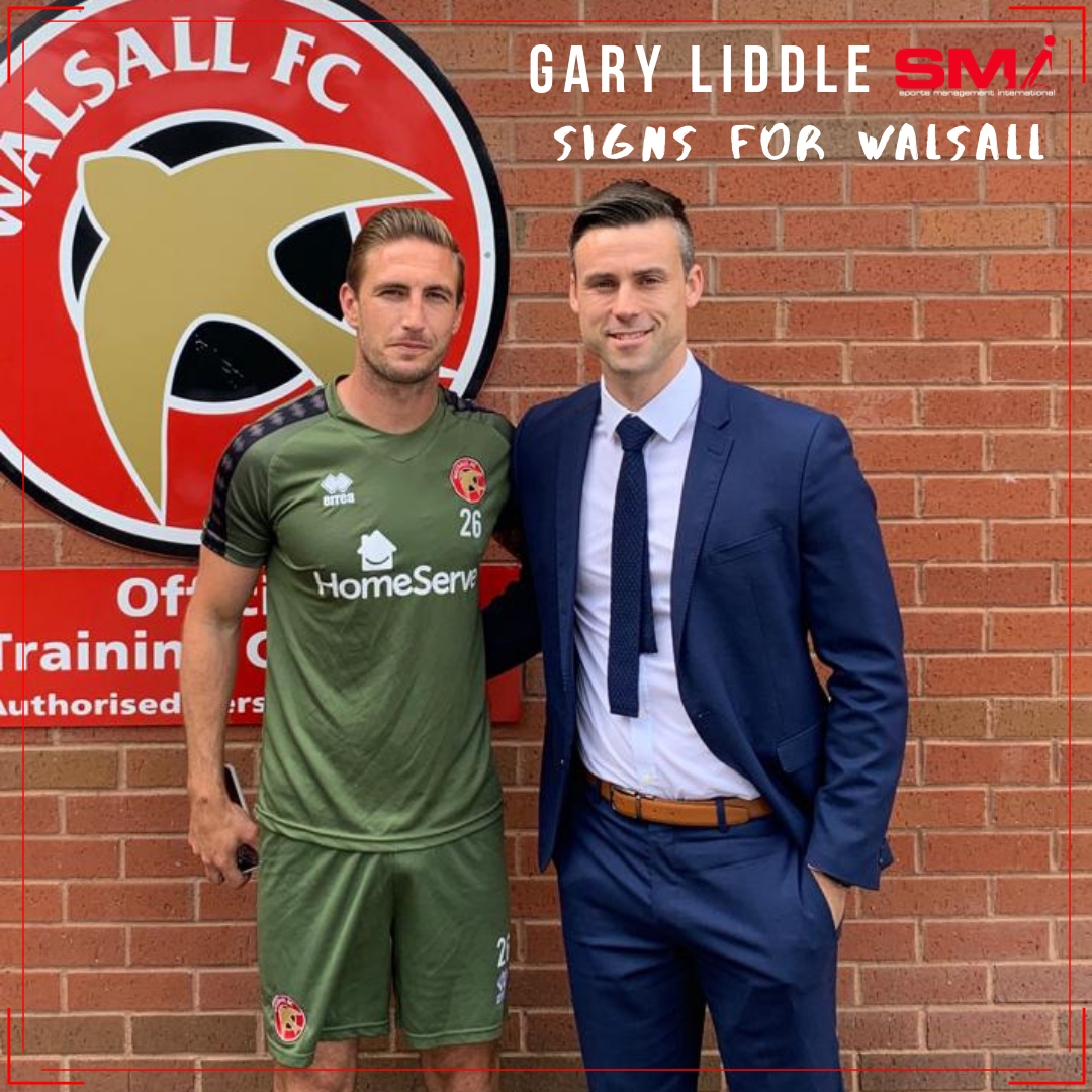 Gary Liddle signs for Walsall