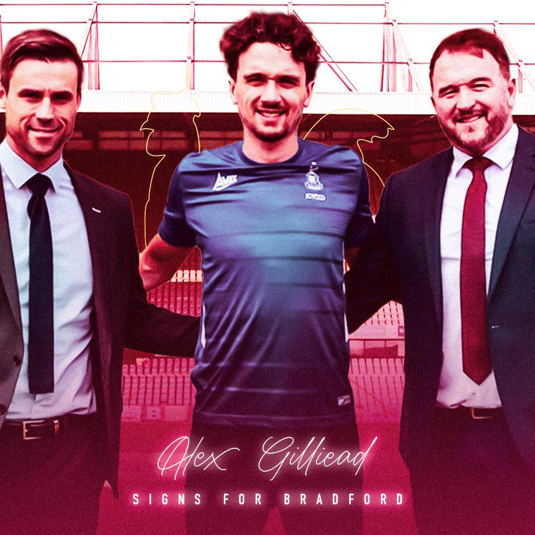 Alex Gilliead joins Bradford City